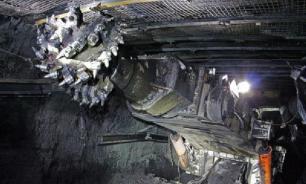 При обрушении породы на руднике в Оренбургской области погиб человек