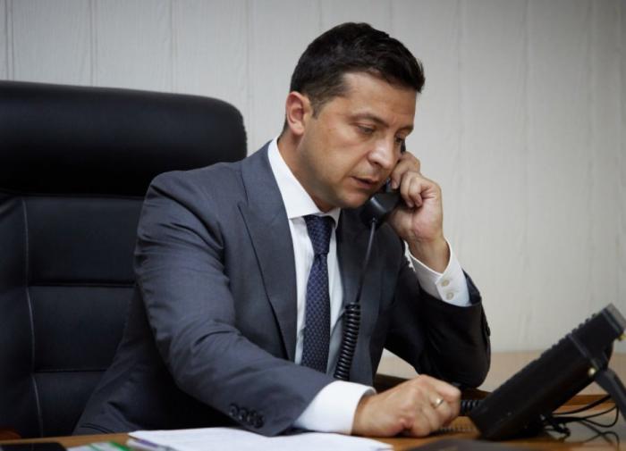 """Через """"рупор"""" СМИ: Киев не говорит официально о встрече Зеленского и Путина"""
