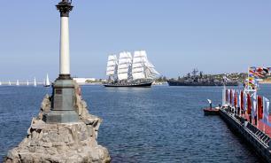 Праздник Крыма омрачают туркоманы и сумасшедшие с Украины - мнение