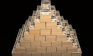 Экономист объяснил, зачем банки ввозят доллары в Россию