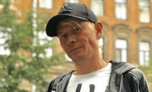 """Солист """"Отпетых мошенников"""" работает в такси и не жалуется"""