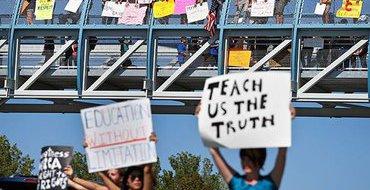 Колорадские школьники требуют права на протест