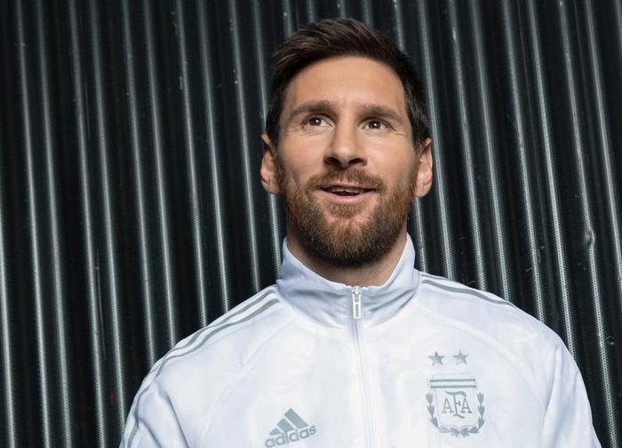 """Месси стал свободным, но оставил надежду """"Барселоне"""""""