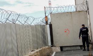 Заключенный сбежал из красноярской тюрьмы, используя муляж