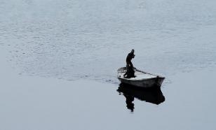 Московский рыбак самоизолировался в реке