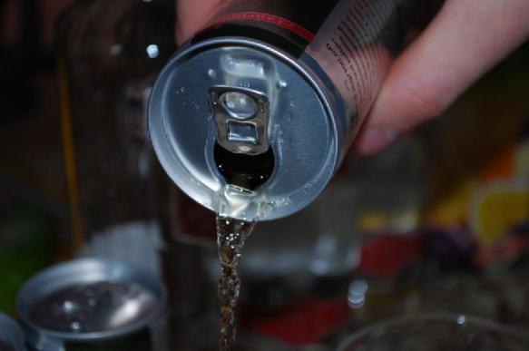 Как правильно открывать банку пива, выяснили специалисты