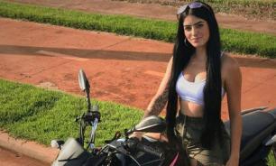 Бразильский блогер Аманда разбилась на мотоцикле, сбегая от полицейских