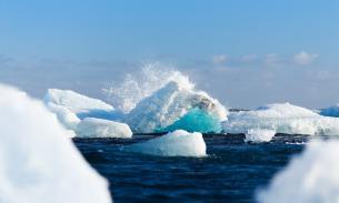 Глава РАН сообщил об угрозе мощного взрыва метана в Арктике