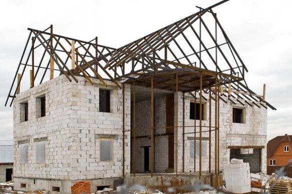Россиянам начали выдавать ипотеку на землю и строительство дома без залога