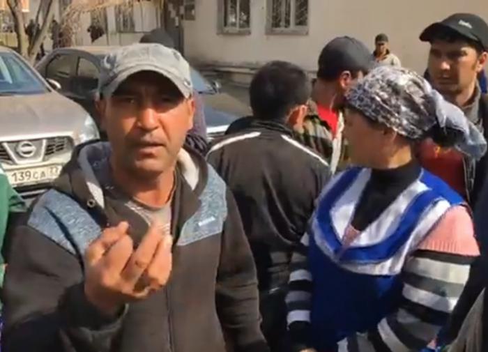 Соцопрос: россияне ждут депортации мигрантов
