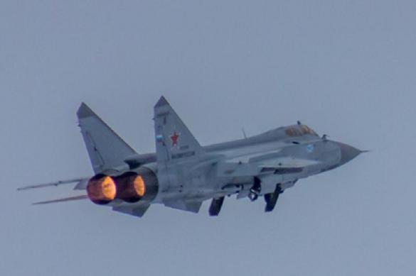Экипажи МиГ-31 поднимутся в стратосферу над Арктикой