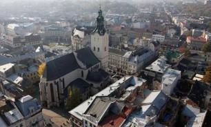 Польша готовится к присоединению Львова?