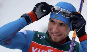 Александр Логинов снялся с масс-старта ЧМ по биатлону