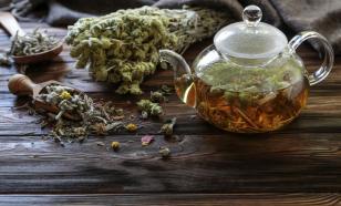 Четыре чая, которые облегчат страдания от переедания