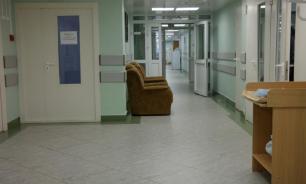 Здоровая пятилетняя девочка с рождения живет в клинике из-за родителей