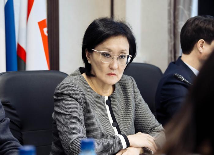 """Почему подала в отставку """"народный мэр"""" Якутска"""