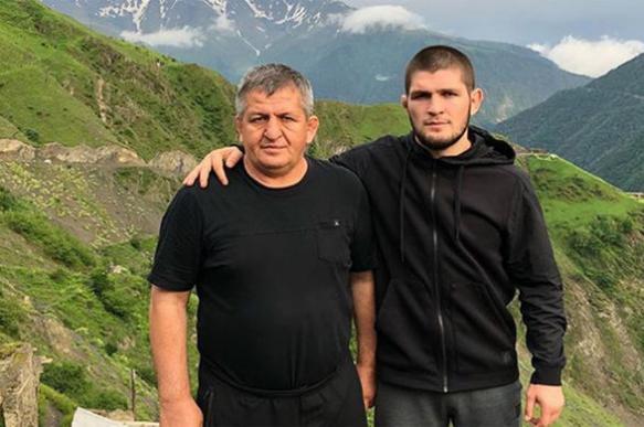 Отец Нурмагомедова назвал сроки завершения карьеры сына