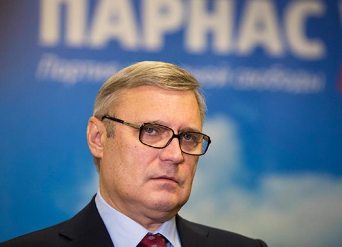 Выбор Михаила Касьянова: то ли к умным, то ли к красивым