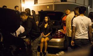 Жителей Новосибирска попросили сообщать о скоплениях людей на улицах