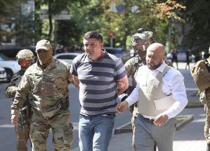 Украинец, захвативший здание правительства, оказался ярым националистом