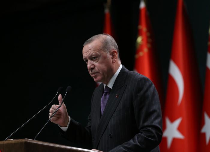 Песков: Россия считает себя адресатом слов Эрдогана об аннексии Крыма