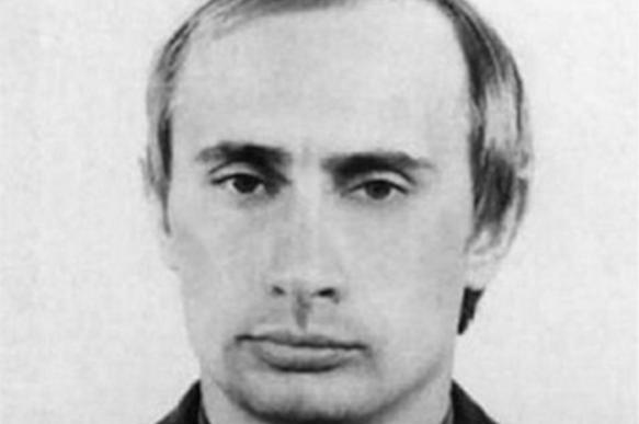 Архив Петербурга показал характеристику КГБ на Владимира Путина