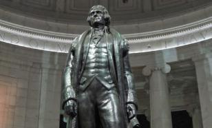 В Портленде снесли памятник третьему президенту США Джефферсону
