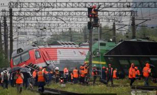 Под Петербургом столкнулись грузовые электровозы