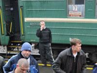 Сбросивший пассажира с поезда проводник получил 4 года.