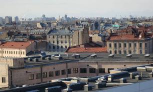 Отправляемся на экскурсию по... крышам Петербурга