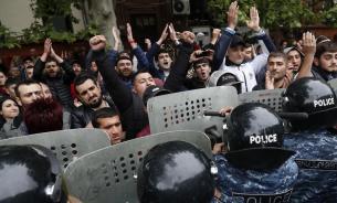 """Александр Крылов: кто пытался """"оседлать"""" волну массовых протестов в Армении"""