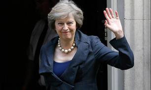 Терезу Мэй поддерживают меньше половины британцев