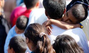ЕС призвал Анкару впустить 35 тысяч беженцев из Сирии, скопившихся на границе