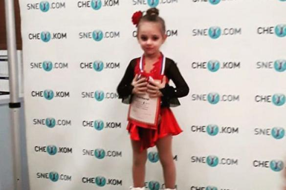 Дочь Навки и Пескова выиграла турнир по фигурному катанию