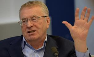 Жириновский: с 27 апреля Россия будет жить по новой Конституции
