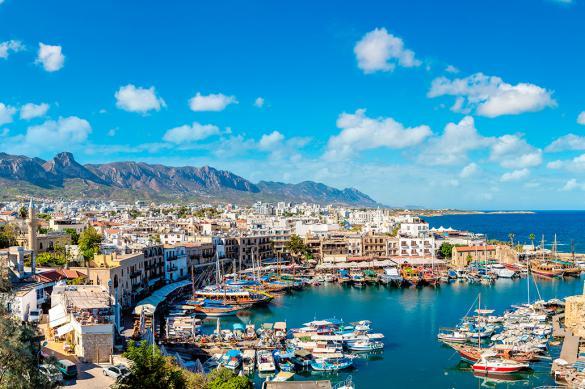 Полеты на Кипр могут возобновить с 9 июня