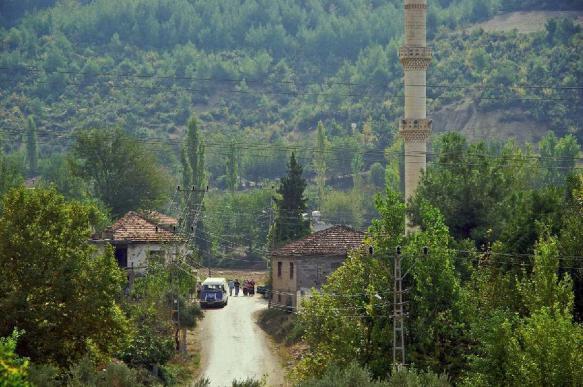 Трое террористов, разыскиваемых Россией, спокойно живут в Турции