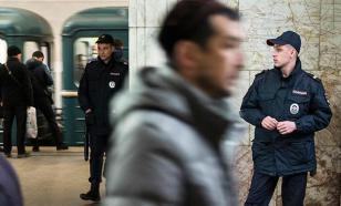 """В Москве и Петербурге массово задерживают сектантов """"Аум Синрике"""""""
