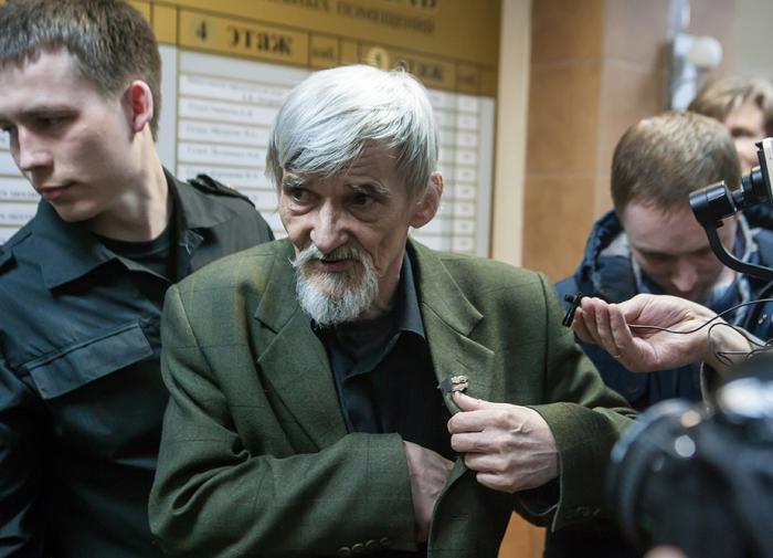 Суд огласит приговор историку Дмитриеву, обвиняемому в педофилии
