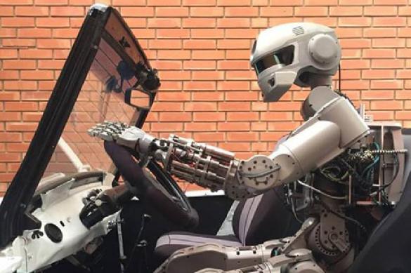 Космонавт Кононенко не поверил в превосходство роботов