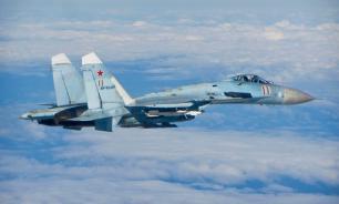 """Fox News: Российский истребитель """"шуганул"""" американский самолет над Черным морем"""