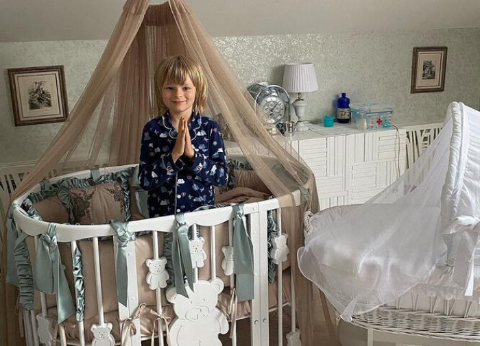 Яна Рудковская похвасталась комнатой новорождённого сына
