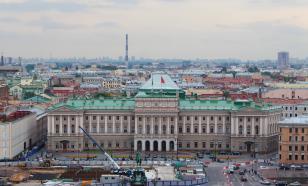 В Санкт-Петербурге депутаты Заксобрания получили послабление из-за жары