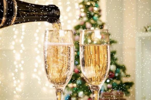 К Новому году шампанское может подешеветь на 30%