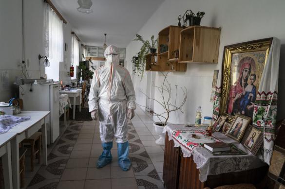 АР: даже один пациент с COVID - угроза для больниц Украины