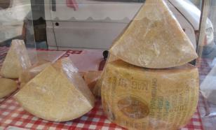 Битва за пармезан: в санкции вкралась ошибка? Объясняет посол Италии
