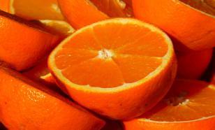 Диетолог рассказала, как правильно есть апельсины