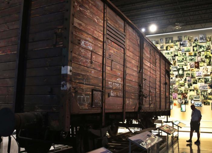 Музей Холокоста в США оказался в центре скандала из-за новой экспозиции