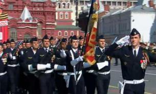 Французы на Красной площади: зачем это нужно России