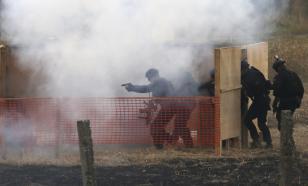 Российские десантники в Белоруссии отработали штурм здания